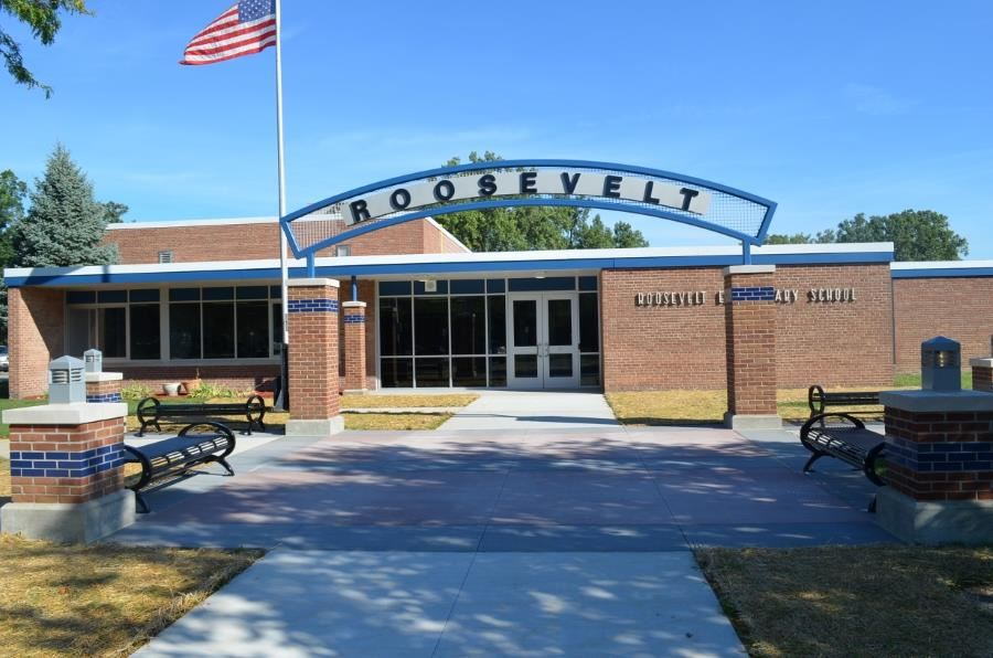 Photo of the exterior of Roosevelt Elementary