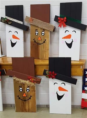 Snowman and Scarecrow Signs